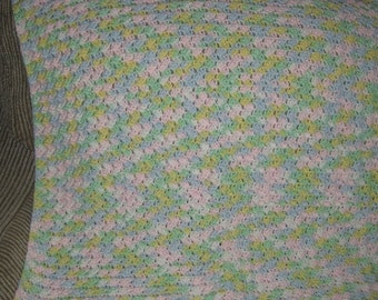 Cochet Baby Afghan in Pastels