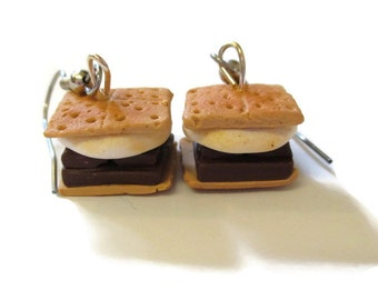 Campfire Smores earrings
