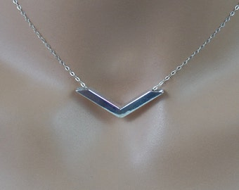 Sterling silver hollow pendant with chain