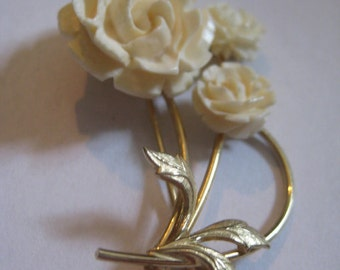 Carved Roses A&Z 1/20th 12Kt Gold Filled Flower Pin