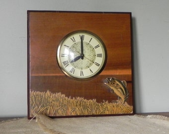 Vintage mid century wood wall clock electric Fish fishing anglers kitschy cabin cottage by Lanshire gold dial