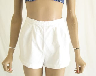 Vintage 50's High Waisted White Short Shorts. Size X Small