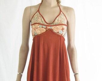 Vintage 70's Boho Halter Sundress. Size Small
