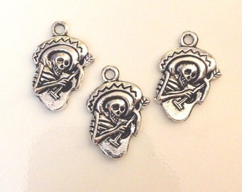 10 Skeleton playing guitar Charms - Day Of The Dead - Antique Silver - SC2#GY