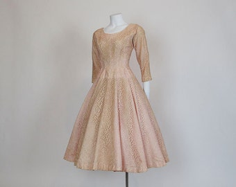 50s dress /  Peachy Keen 1950's Full Circle Skirt Lace Dress