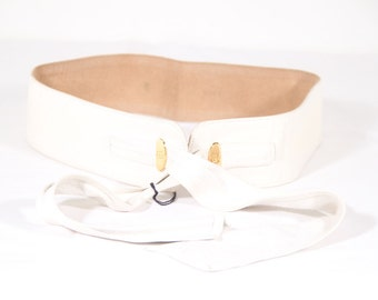 GUCCI Italian VINTAGE White Leather self tie belt Size 80/32 as