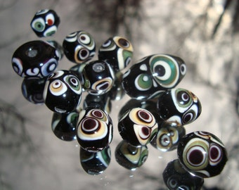 DESTASH Eleven Organic Shaped Stacked Dots Glass Beads
