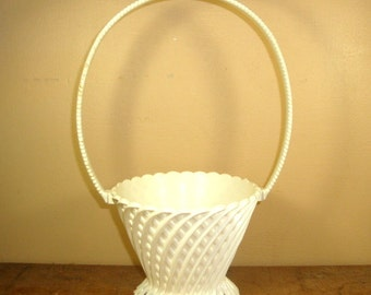 Vintage White Regaline Basket, Hard Molded Plastic, Lattice Pattern, Planter, Easter Basket, Retro, Made In USA Home Decor