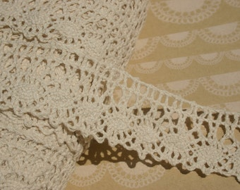 """Natural Cluny Lace - Wide Loose Scallop Pattern - Cream Cluny Crochet Trim - 1 3/4"""" - 3 Yards"""