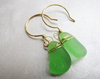 Sea Glass Earrings - Kelly Green , Wire Wrapped , Beach Glass Jewelry