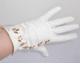 50s 60s Vintage French White Kidskin Gloves with Gold Leaf Appliques Size 6 3/4
