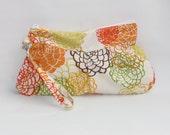 CLEARANCE 25% OFF SALE Clutch Bag, Wristlet Bag, Handbag Zipper Wallet, Wristlet Clutch, Small Purse, Wristlet Wallet Flower Explosion