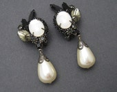 Black Rhinestone Earrings Pearl Drop Jewelry E6607