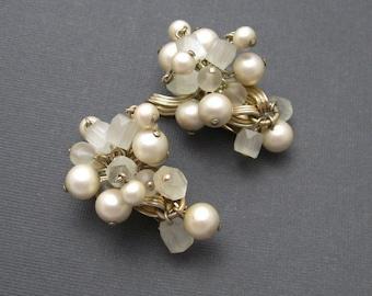 Vintage Cha Cha Earrings Pearl Bead Jewelry E6581