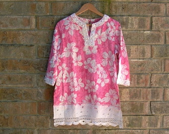 bohemian breeze. womens caftan tunic top m. pink cream floral kaftan resort wear beach cover up upcycled clothing cotton linen lace