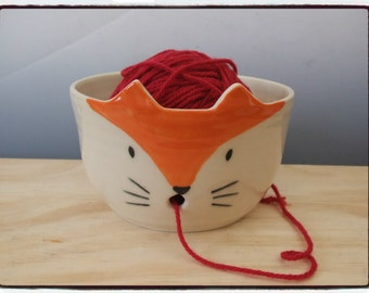 Yarn Bowl-Red Fox Face by misunrie