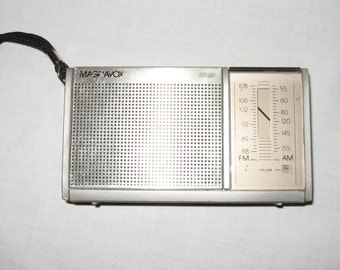 Vintage Magnavox Transistor Radio 99 AM FM with Antenna Works