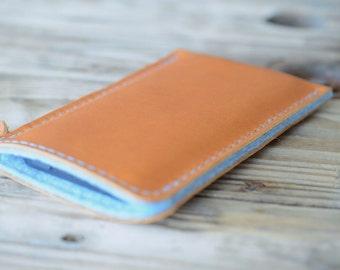 Google Nexus 5X Leather Sleeve - SKY & SAND (Organic Leather)
