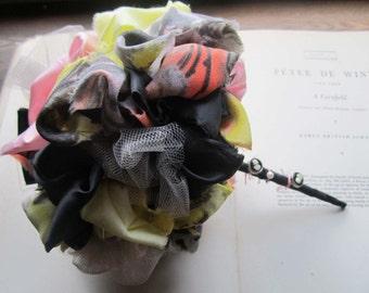 Vintage Fabric Flowers * Handmade Fabric Bouquets * Vintage Fabric Art * Graffiti Textiles