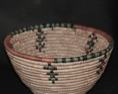"""African Coiled Grass Hausa Bowl Basket - Nigeria Vintage 10"""" D X 6"""" H"""