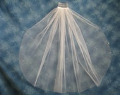 Off White First Communion Veil With Scattered Swarovski Crystals Precision Cut Edge  23 Inches Long 74360