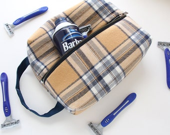 Mens Shaving Kit, Plaid Dopp Kit, Mens Travel Case, Groomsmen Gift Idea, Vegan Toiletry Bag, Sundries Bag, Fathers Day Gift Idea