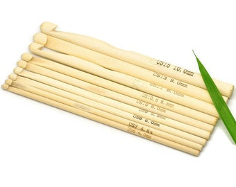 Crochet needles Set of 9 Sizes Bamboo Crochet Hooks 15cm (6 inches)