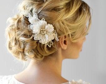 Wedding Hair Comb, Bridal Flower Hair Comb, Wedding Headpiece, Bridal Lace Hair Comb, Ivory Silk Flower Comb