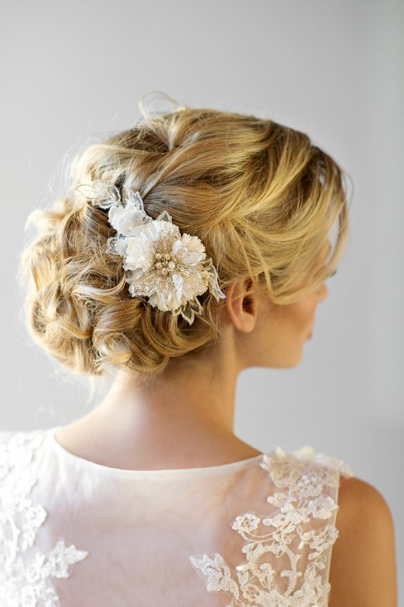 Find a great selection of wedding hair accessories at fovlgbllfacuk.ga Shop for elegant headbands, head wraps, flower hair clips & more. Free shipping & returns.