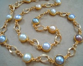 NEW MARKDOWN: Freshwater Pearl and Matt Gold Link Necklace