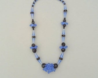 Art Deco Glass Necklace. Blue Black. Teardrop Baubles.
