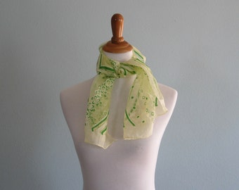 LAST CHANCE CLEARANCE Vintage Mod Lime Green Daisy Print Chiffon Scarf - Sheer 60s Pale Green Floral Chiffon Scarf - Vintage 1960s Scarf