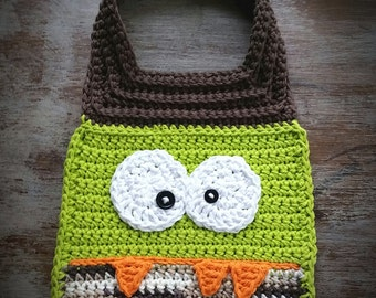Monster baby bib, Green Monster bib, Crochet Baby Bib, Baby Boy Monster Bib