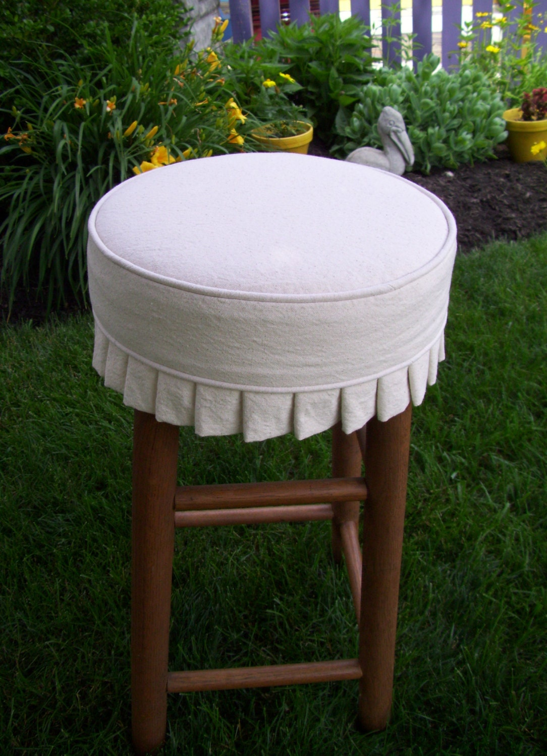 Round Bar Stool Slipcover With Cushion And Knife Pleats Canvas