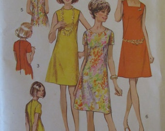 Simplicity 8882/Uncut Sewing Pattern/Misses/Women's Dress with Three Necklines/Size 16/1970