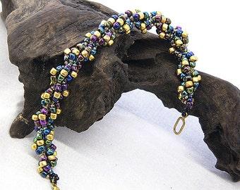 Iris Twist Bracelet