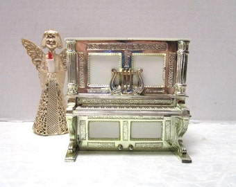 Vintage Salt and Pepper Shakers, Unique Liberace style Piano, Push up Dispenser, Gold Trim, Davis Products USA, Kitschy Cool, Plastic