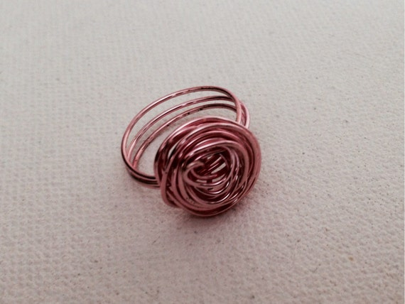Pink Valery Wire Ring
