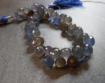Beautiful shaded Chalcedony onion briolettes, full 8 inch strand, 8mm