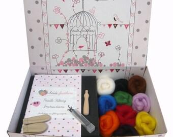 Heidifeathers Boxed Needle Felting Starter Kit - British Wool