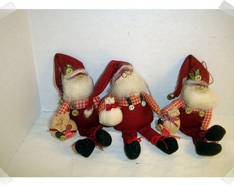 Santa Fabric Ornaments & Pin/ Set of 3/ Whimsical/Holiday Decor*