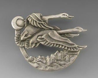 Swans Pin (Tundra), Pewter