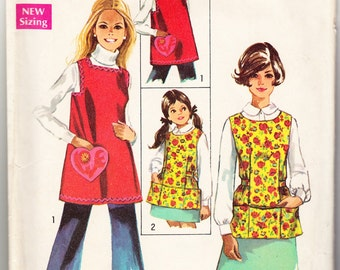 Vintage 1969 Simplicity 8563 Sewing Pattern Misses', Child's or Girls' Apron Size 8-10 (Small)