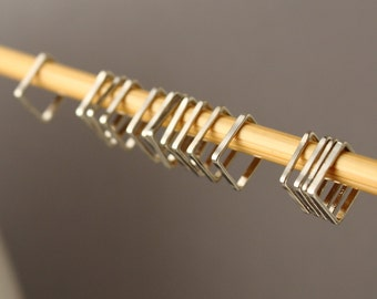 Simple Solid Snag-Free Mini Square Ring Stitch Markers for Knitting