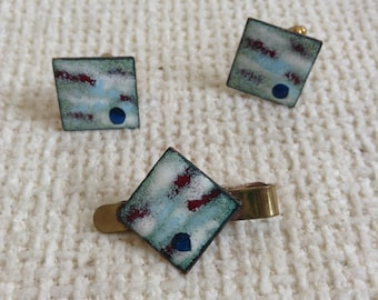 Copper Enamel Cufflinks and matching Tie Clip, or bar.  Vintage 1950.  Blue & white Enamel. Mid Century Modern. Mad Men.