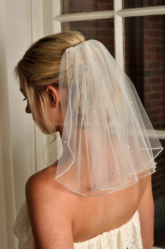 Bridal Veil with Beaded Edge and Scattered Swarovski Crystals - Short Veil - Shoulder Length Veil
