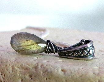 Natural Labradorite Necklace, Labradorite Necklace, Sterling Silver, Labradorite Gemstone, Natural Stone - Queen's End
