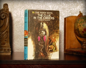 Hollow Book Safe (Vintage 1972 The Hardy Boys: The Clue in the Embers)