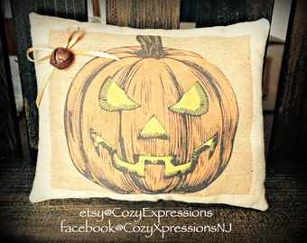 Halloween Pumpkin Pillow Tuck