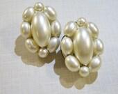 vintage Hong Kong oblong white cluster clip on earrings, bridal vintage clip on earrings 415D
